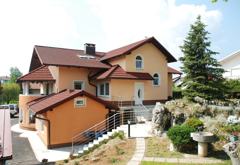 GERARD® Classic Rosso Postojna, Slovenia Postojna, Slovenia