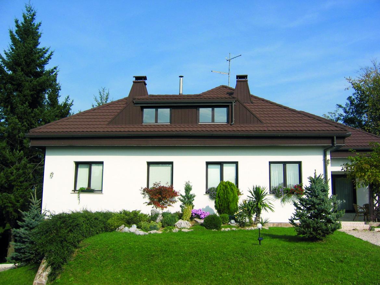 Frisch renoviertes Dach von GERARD